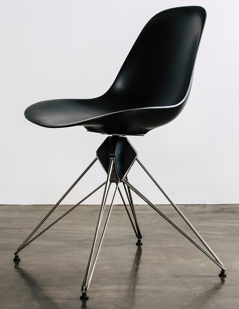nuevo living kahn dining chair in black